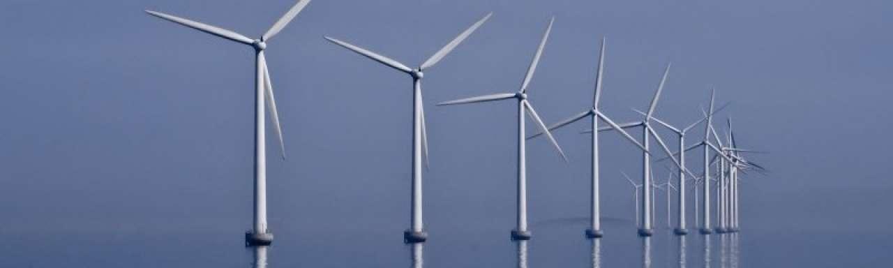 Nieuwe windmolen produceert ook energie zonder wind