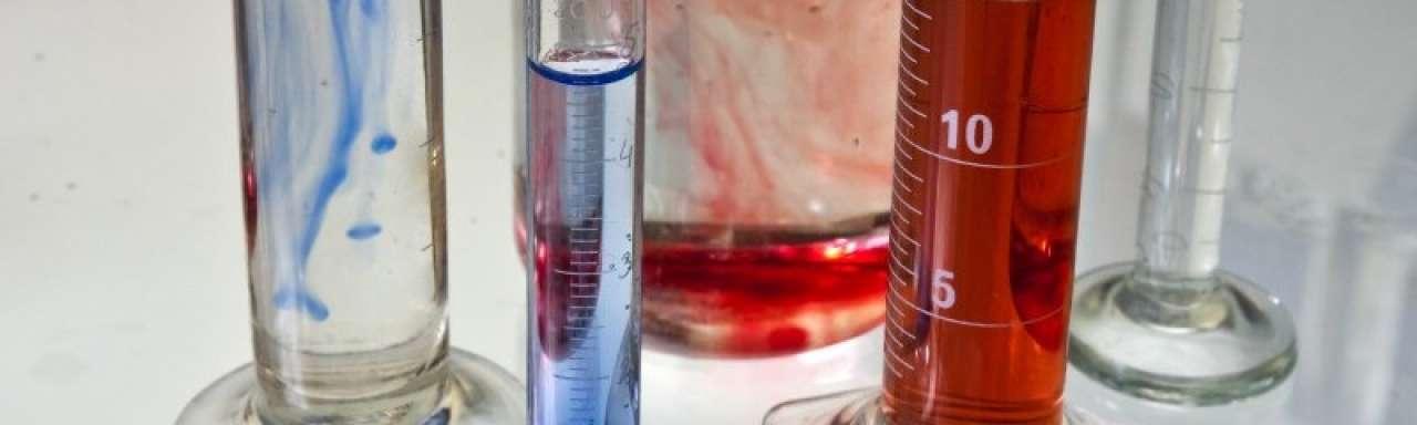 'Goedgekeurde chemicaliën dragen bij aan kankertoename'