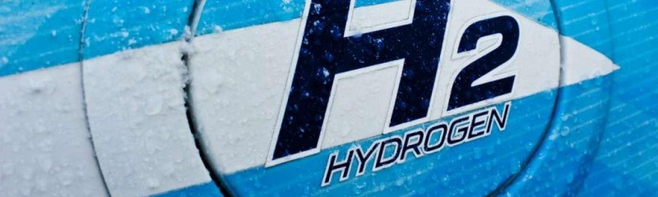 GM en Honda brengen waterstofauto in 2020. Toyota in 2014