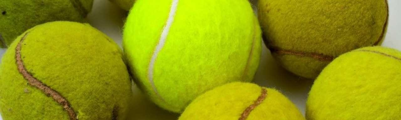 Tennisballen reizen ruim 81.000 kilometer