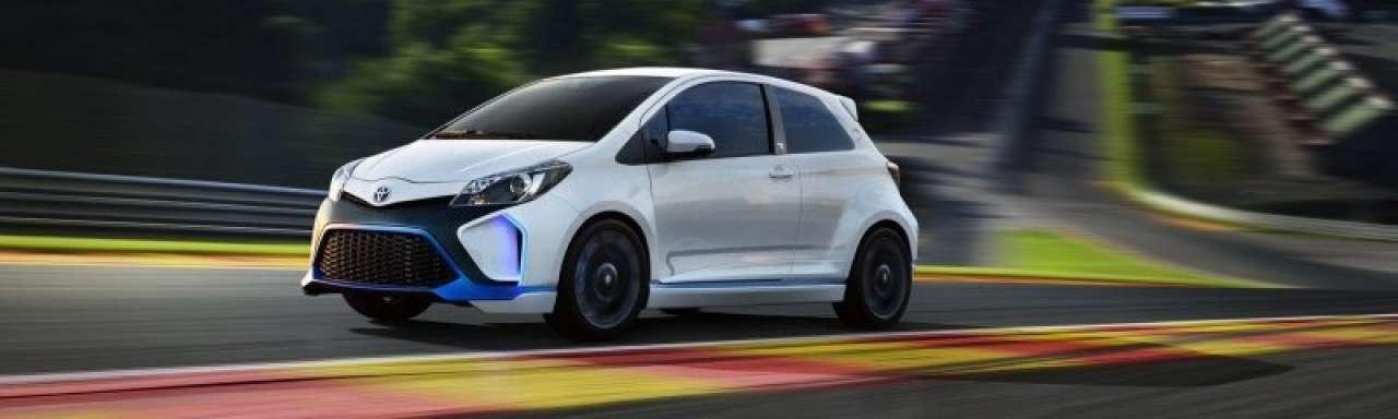 Nieuwe, groene auto's van BMW, Volkswagen, Toyota