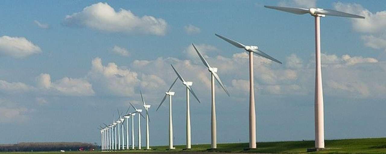 Oud-minister Nijpels ziet toe op uitvoering Energieakkoord