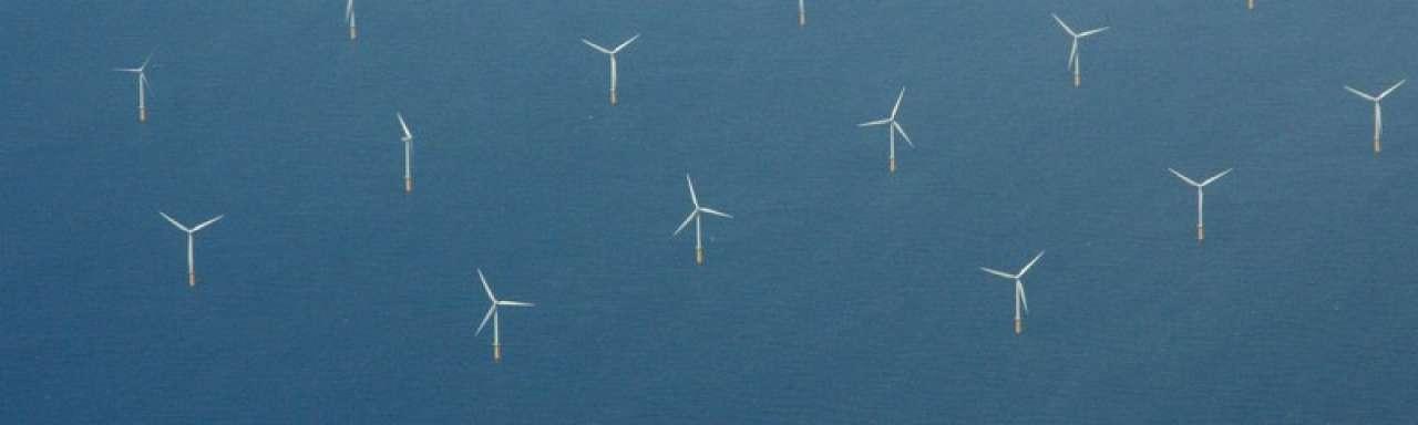 Meer ruimte voor windmolenparken op zee