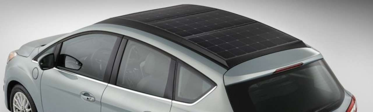 Nieuwe Ford rijdt op zonne-energie met vergrootglas