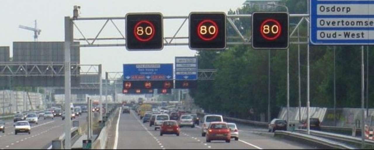 Minister verliest rechtszaak over snelheidsverhoging A10