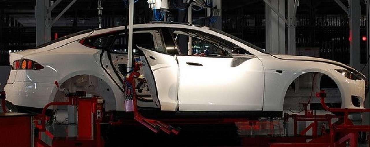 Tesla ontwikkelt gigafabriek in de VS