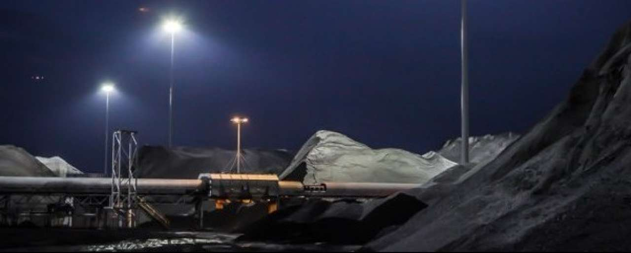 Wereldprimeur LED-verlichte haventerminal voor Amsterdam