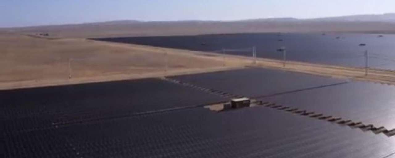 Arizona opent 's werelds grootste zonnepark