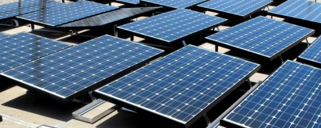 DSM levert gratis zonnepaneelfolie