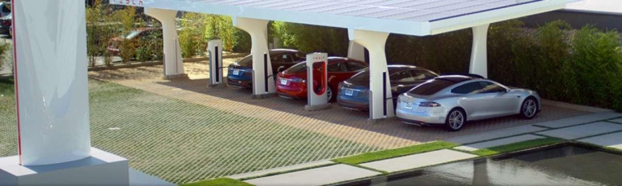 Tesla deelt patent Supercharger