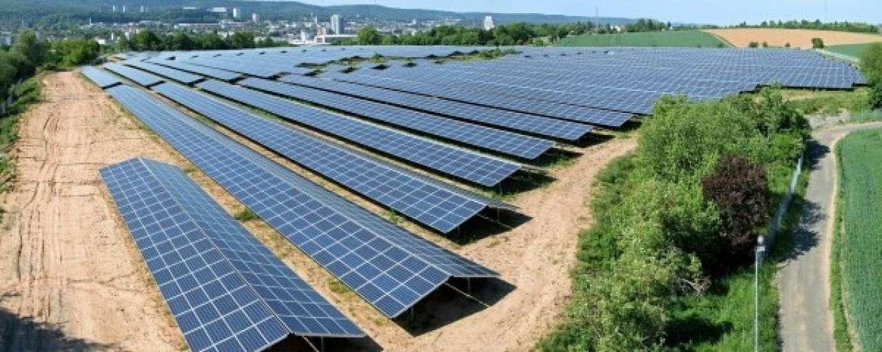 Prijswinnend zonnepark zet panelen uit de zon