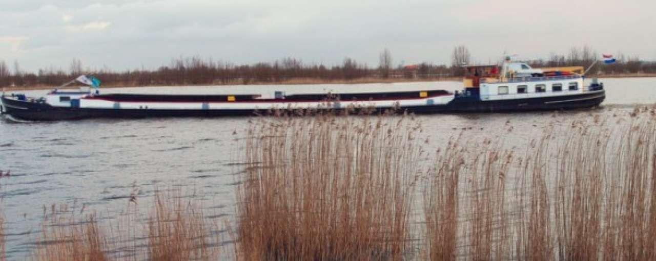 Eerste LNG-binnenvaartschip in de vaart genomen