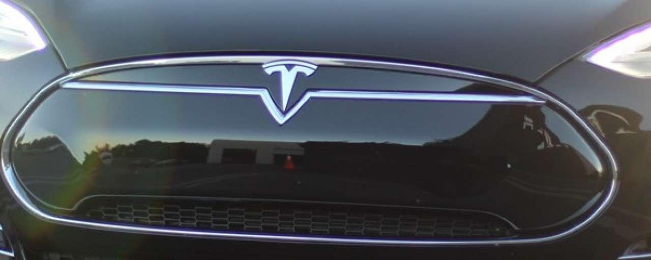 Tesla komt met vierde elektrische auto