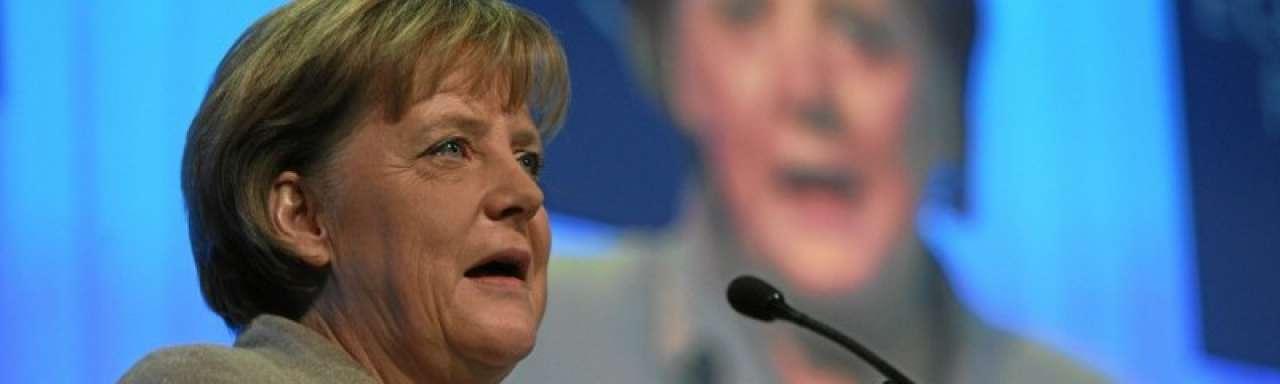 Merkel houdt vertrouwen in groene economie