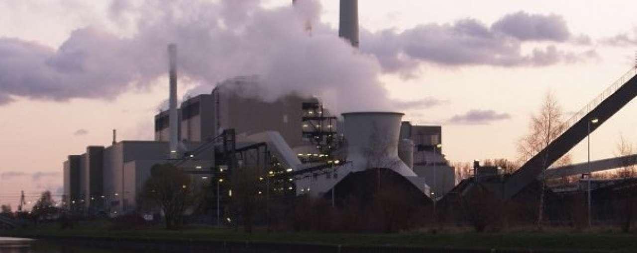 CO2-uitstoot stijgt en daalt tegelijk