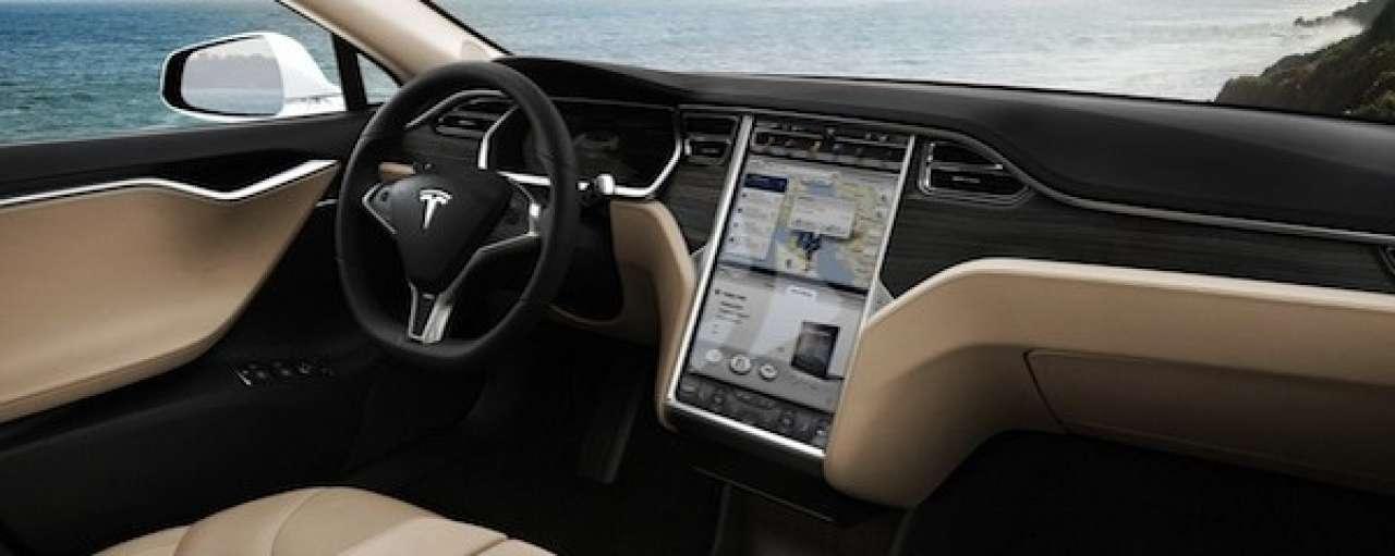Tesla en iPhone maken autosleutel overbodig