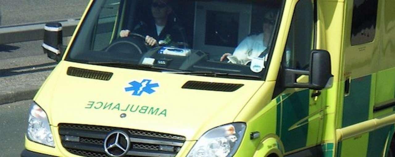 Ambulance met zonnestroom bespaart CO2