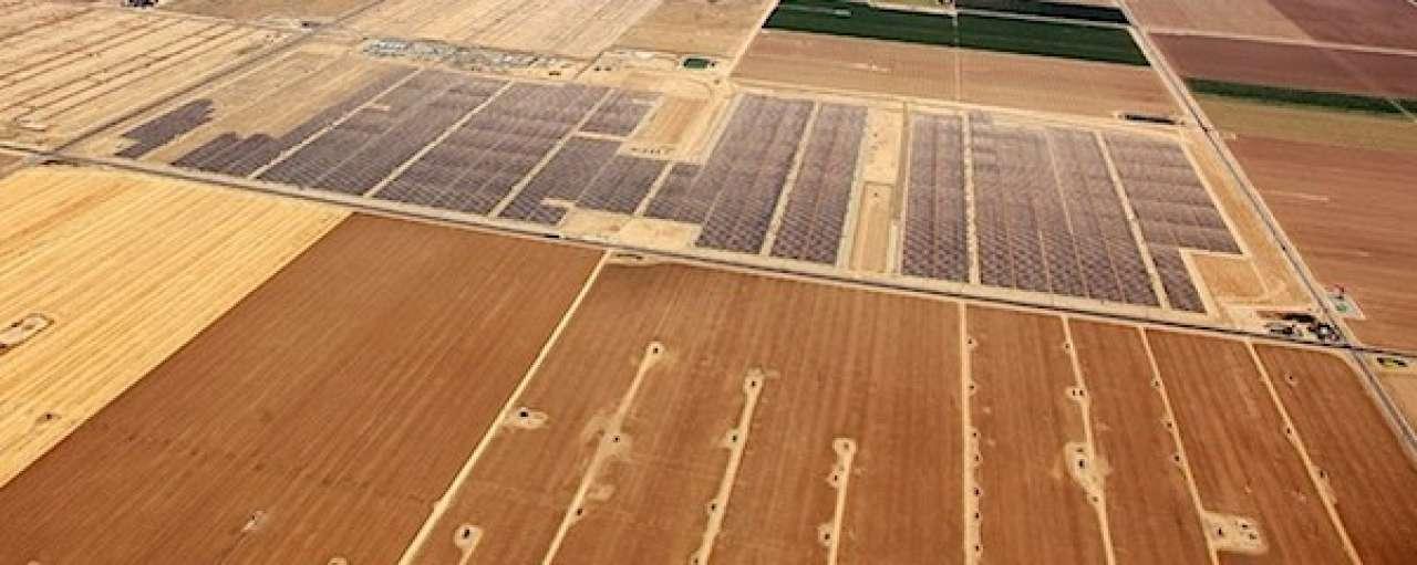 Google investeert in zonnecentrale op oud olieveld