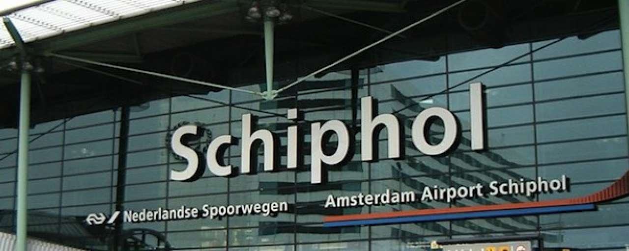 Elektrische taxi verovert Schiphol