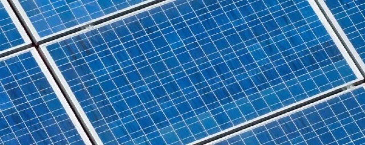 Laatkomer Frankrijk bouwt grootste zonnecentrale