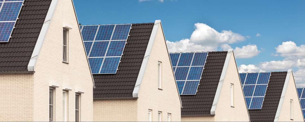 zonnepanelen, woningen, huizen, daken