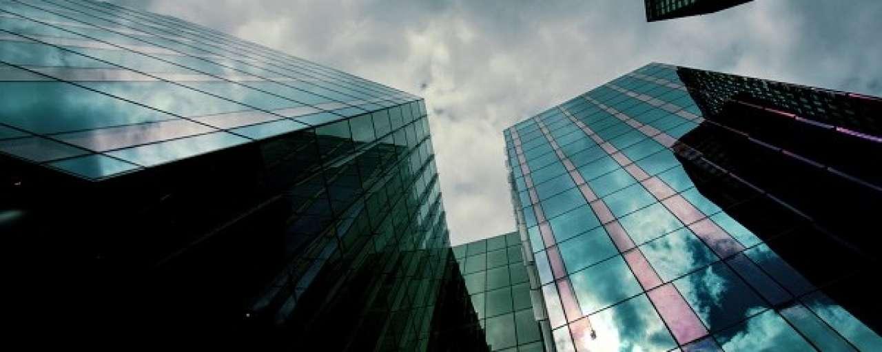 Nieuw materiaal koelt gebouwen passief