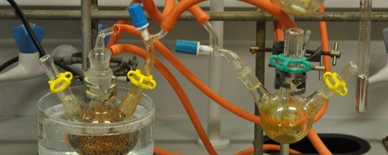 Industrie en universiteiten vergroenen chemie