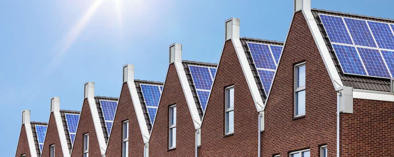 woningen, zonnepanelen, dak, daken
