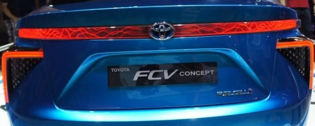 Toyota blijft niet op kennis waterstof zitten