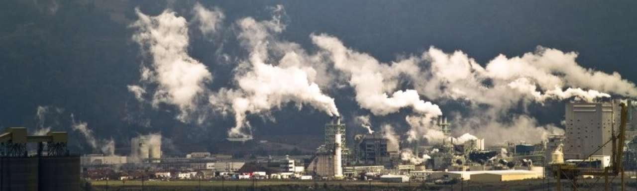 CO2 stijgt snel met groei economie, daalt langzaam