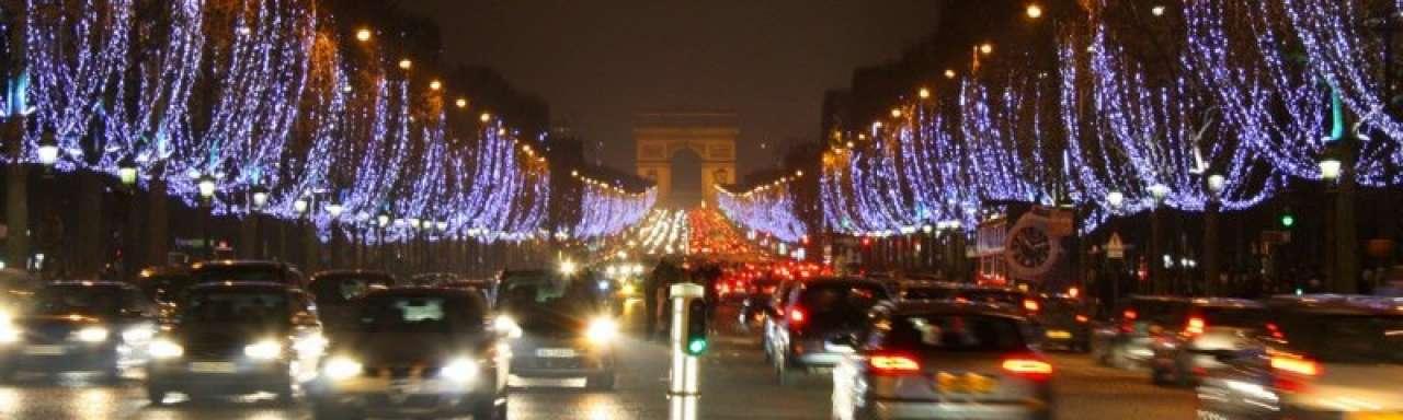 Licht verplicht uit in Franse kantoren en winkels