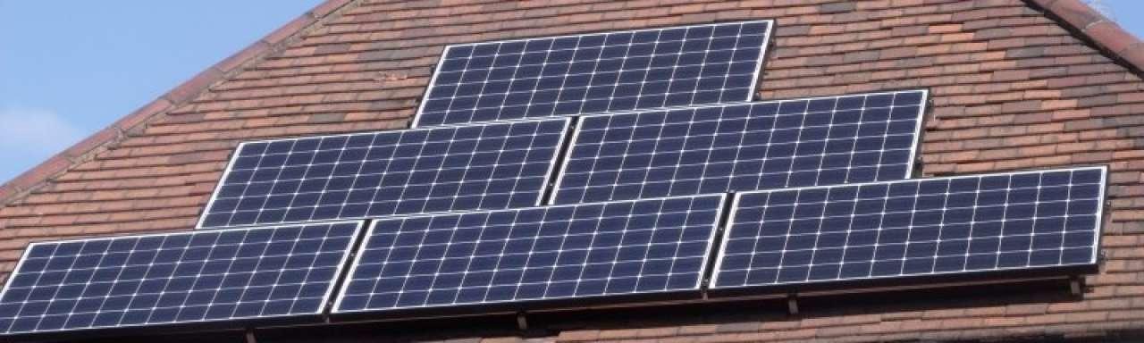 Nederlandse zonne-energiefabrikant onder vuur