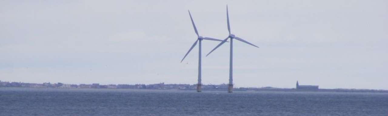 Mammoet en Ballast Nedam bouwen offshore windpark Urk